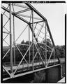 OBLIQUE 1-3 VIEW SHOWING HIP OF TRUSS - McGirt's Bridge, Spanning Cape Fear River, Elizabethtown, Bladen County, NC HAER NC,9-ELITO.V,1-7.tif