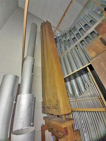 Datei:Püttlingen, Liebfrauenkirche (Haerpfer-Orgel, Pedalwerk) (6).jpg