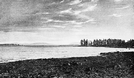 PSM V47 D192 Yellowstone lake.jpg