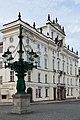 Palais archiépiscopal de Prague.jpg