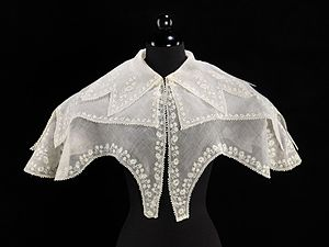 Pelerine - 1830s pelerine, muslin with whitework embroidery.