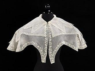 Pelerine - 1830s pelerine, muslin with whitework embroidery.