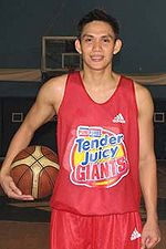 Peter June Simon at a Purefoods practice.jpg