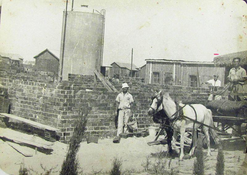 הסנדלריה, בניית המבנה