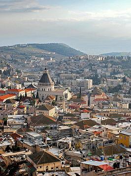 Huizen in Nazareth bij zonsondergang