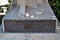 Placa al monument a Simón Bolívar de València.JPG
