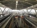 Platform of Guangzhou South Railway Station 2019-02-13.jpg
