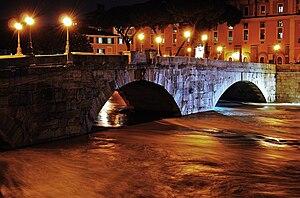 Pons Cestius - The Tiber running high, December 2008