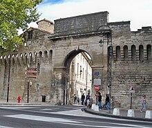 Достопримечательности Авиньона, что посмотреть в Авиньоне, достопримечательности Прованса -Porte du Rhône