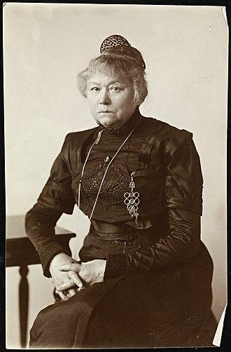 Harriet Backer - Image: Portrett av Harriet Backer (1845 1932) (9390378423)