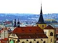 Prag - Blick vom Altstädter Rathausturm über die Kirche St.-Ägidius und Nationaltheater - Praha - Pohled z věže Staré radnice na kostel sv Jiljí a Národního divadla - panoramio.jpg