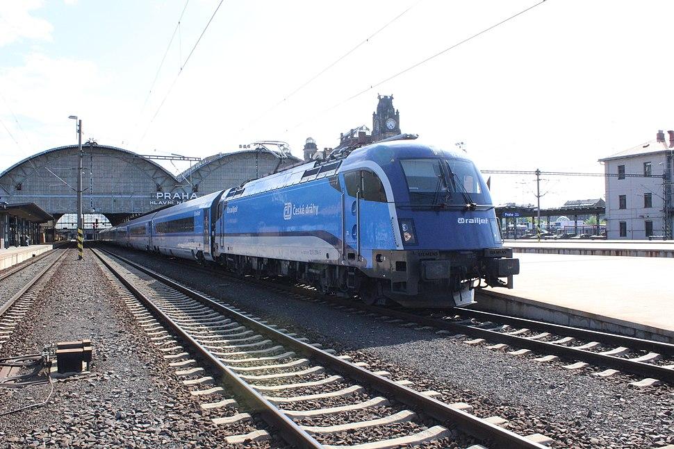 Praha, Hlavní nádraží, lokomotiva Railjet