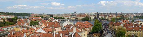 Praha Panorama from Malá Strana Bridge Tower 20170430.jpg