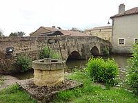 Pressac, puits et pont.jpg