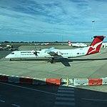 QantasLink Q400 VH-QOK at BNE (30115076184).jpg