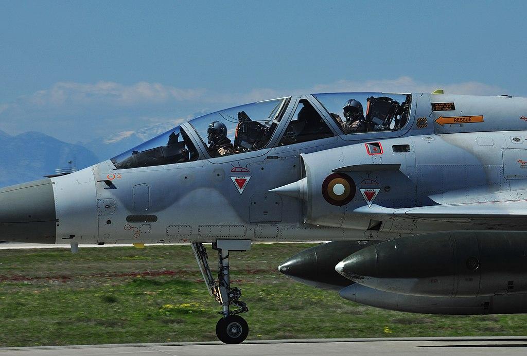 المقاتله الفرنسيه Dassault Mirage 2000  1024px-Qatari_Mirage_2000-5_jet_in_2000