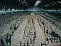 Qin Shihuang Terracotta Army, Pit 1 (9891983084).jpg