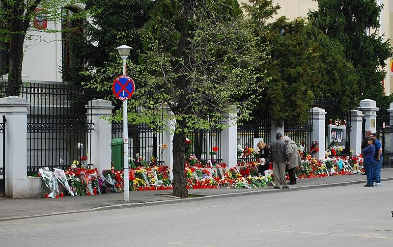 RO B Polish embassy flowers