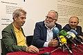 Ramón Ruiz inaugura la exposición 'El ojo público', crónica gráfica de la Educación en Cantabria, en la Biblioteca Central 01.jpg