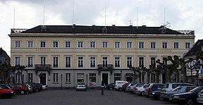 288px-Rathaus_Uerdingen.jpg