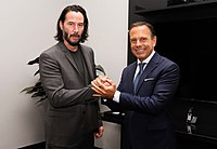 Reunião com o ator norte-americano Keanu Reeves (46806576944).jpg