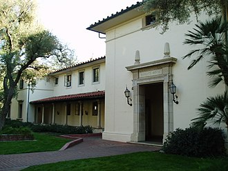 House System at the California Institute of Technology - The exterior of Ricketts House, typical of the architecture of the 1931 Mediterranean-style South Houses.