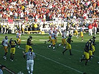 Rose Bowl game 2007 from Flickr 343270762.jpg