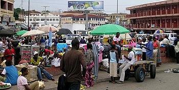 English: Street in Kumasi, Ghana.