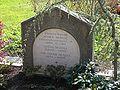 Ruhestätte Prof. Josef Schill 1889-1980 - Hauptfriedhof Freiburg Breisgau.jpg