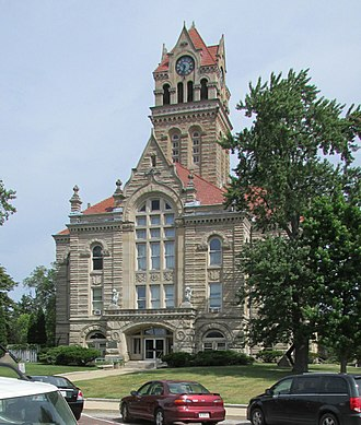 Starke County Courthouse - Image: SCCH South Facade 14 25 29 035