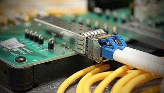 Small form-factor pluggable transceiver modular optical fiber communications interface
