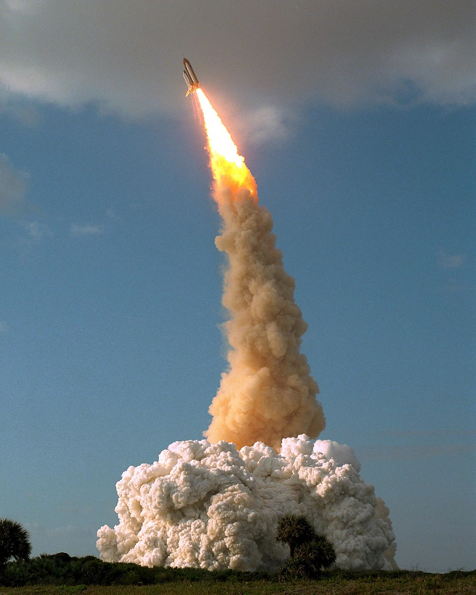 STS-31 Hubble launch roll and pitch