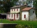 Saint-Laurent-des-Hommes Bénévent maison éclusière (1).JPG