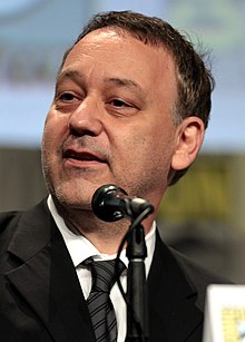 https://upload.wikimedia.org/wikipedia/commons/thumb/8/83/Sam_Raimi_by_Gage_Skidmore_2.jpg/220px-Sam_Raimi_by_Gage_Skidmore_2.jpg