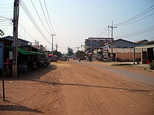Oddar Meanchey Province - A street in Samraong