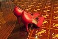 Sapato-vermelho-gianni-versace-3 (24312219663).jpg