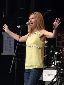 Sarah Cracknell 2007.jpg