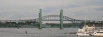 Sarah Mildred Long Bridge - Image: Sarah Mildred Long Bridge 03