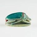 Scarab of Thutmose III MET 09.180.942 EGDP021048.jpg