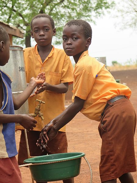 File:School children washing hands in Ghana.jpg