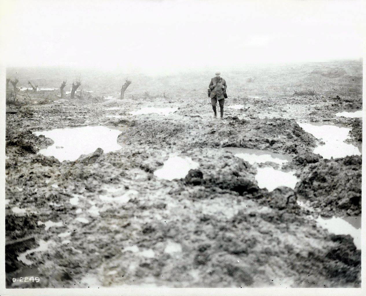 the battle of passchendaele The germans atop passchendaele ridge fired continuously on these efforts, killing or wounding hundreds his preparations ready, currie launched a deliberate or 'set-piece' attack on 26 october, the first of four phases in a battle he estimated might cost 16,000 canadians killed or wounded.