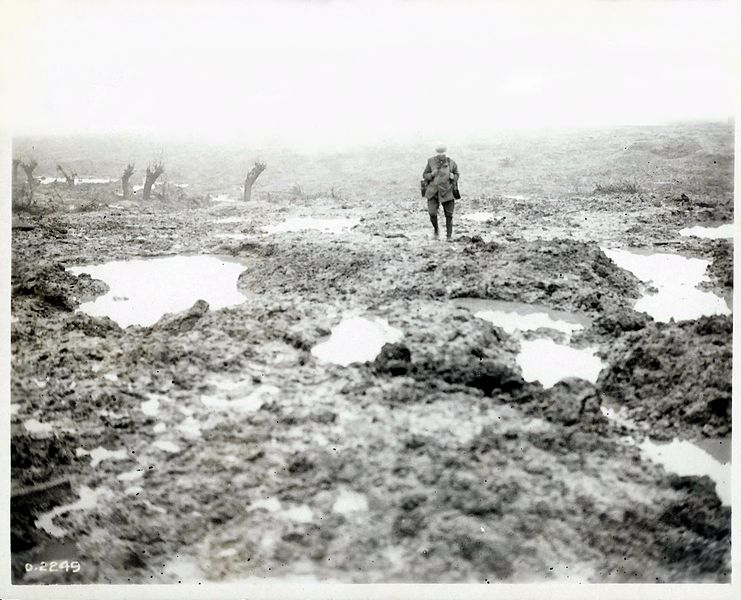 File:Second Battle of Passchendaele - Field of Mud.jpg