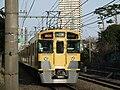 Seibu 2000 series 2-car unit 20090318.jpg
