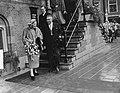 Serie Bezoek van koningin Juliana en prins Bernhard aan Friesland. Koninklijk p, Bestanddeelnr 904-2111.jpg