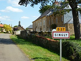Singly (Ardennes) city limit sign.JPG