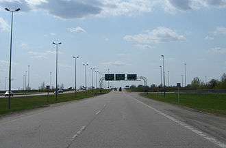 Saskatchewan Highway 16 - Circle Drive directional sign at a concurrency with the Yellowhead Highway in Saskatoon