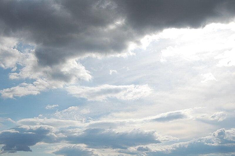 File:Sky cloudy.JPG