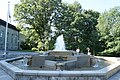 Small fountain in front of the Rideau Hall - panoramio.jpg