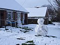 Snowmen on Gore Road - geograph.org.uk - 333427.jpg