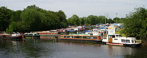 Lee Valley Park - Image: Springfield Marina